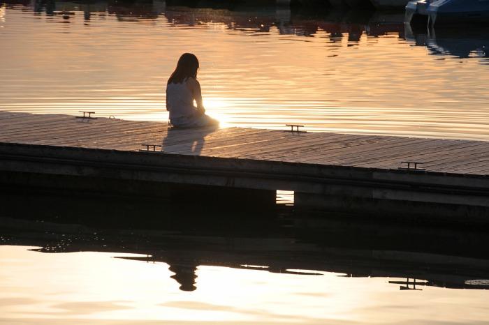 boat-dock-2745174_1920